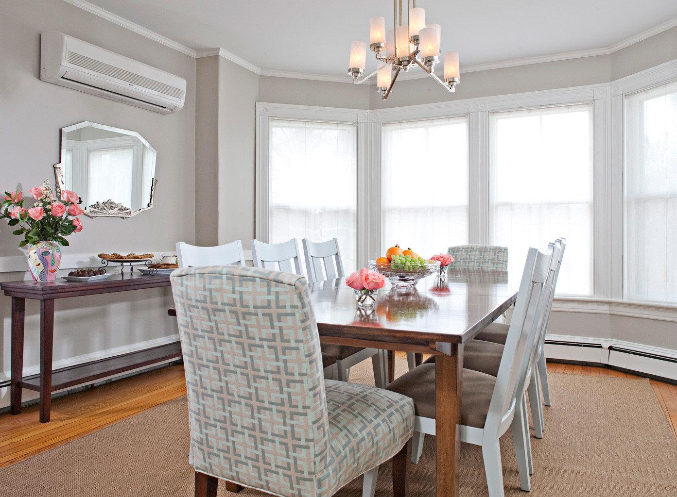 B&B Dining Elegant Historic Inn property home living room hardwood cottage farmhouse