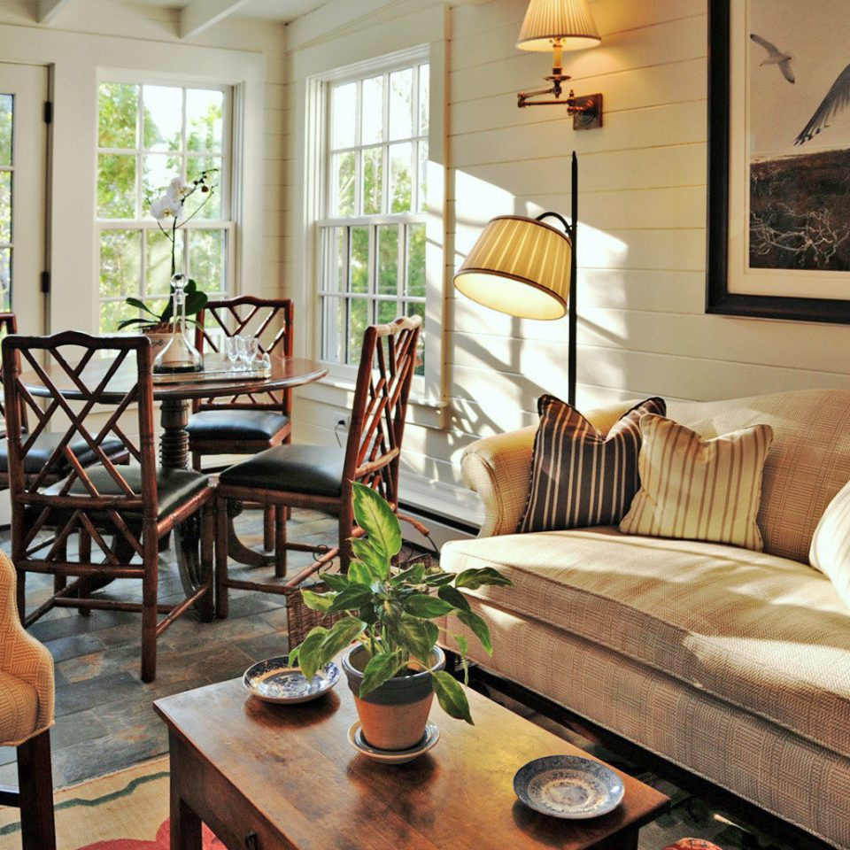 B&B Lounge Ocean sofa chair living room property home hardwood cottage Dining farmhouse