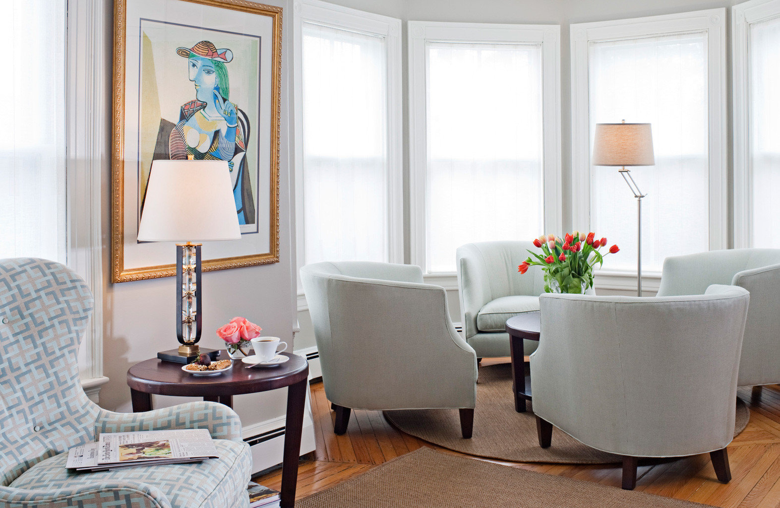 B&B Elegant Historic Inn Lounge living room property home Suite cottage arranged