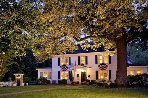 B&B Exterior Historic tree grass property home house building plant residential area mansion lawn cottage residential