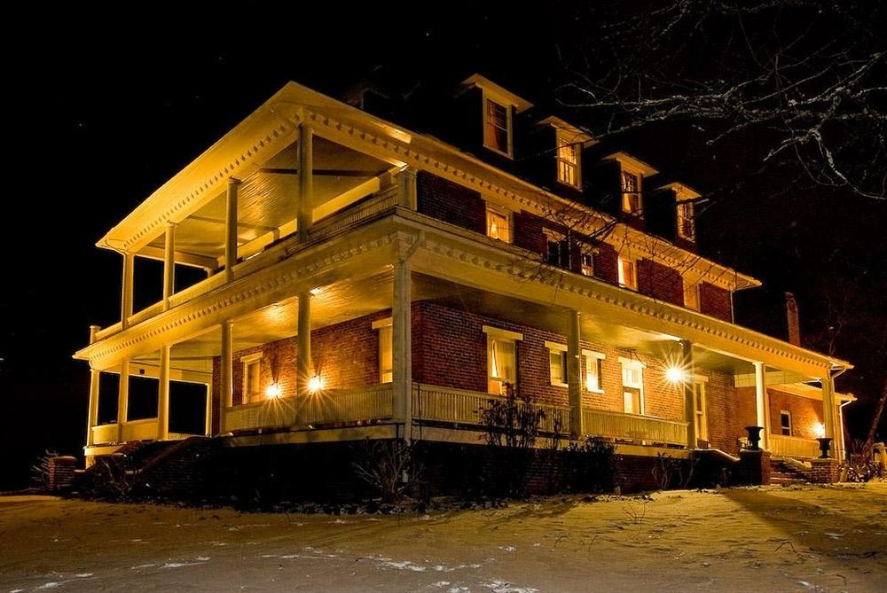 B&B Exterior Historic building house night home log cabin residential area evening