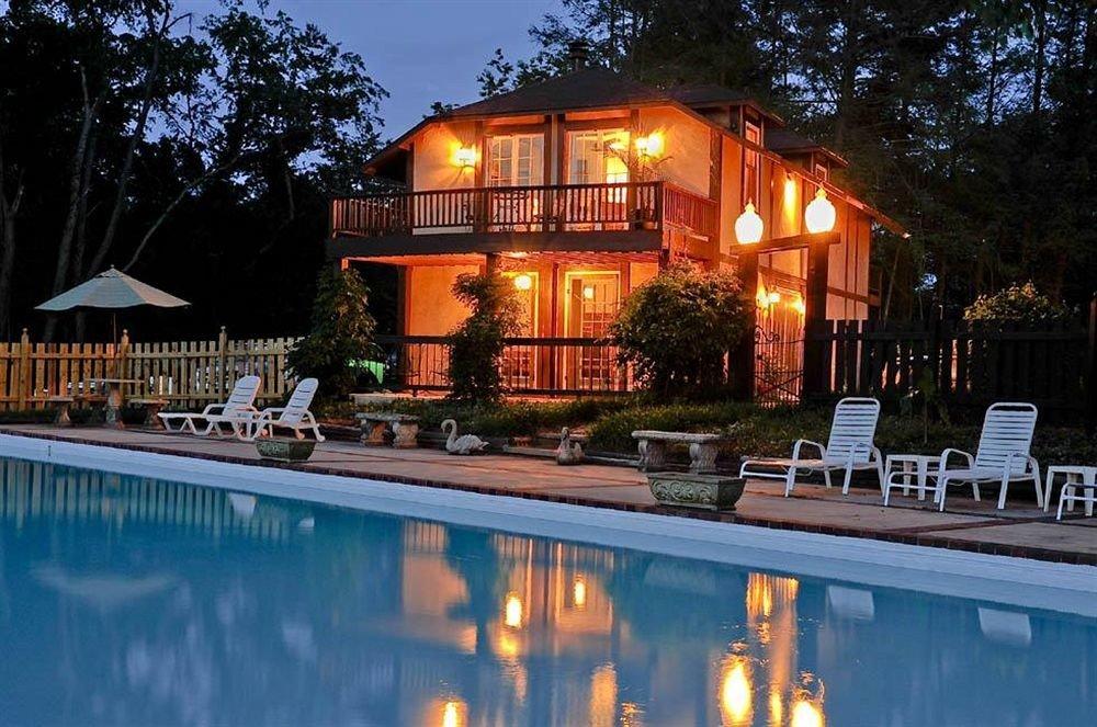 B&B Exterior Historic Pool tree swimming pool leisure property house Resort home backyard Villa landscape lighting mansion