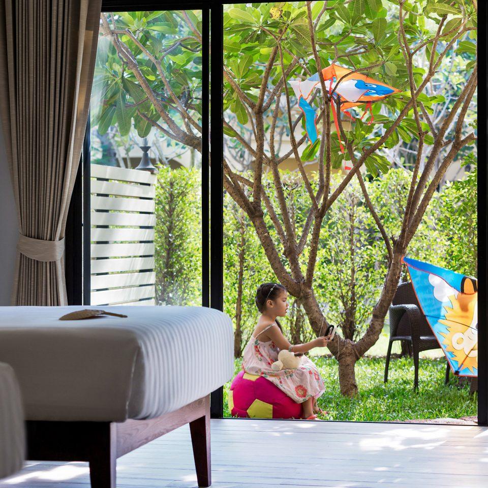 leisure home backyard flower
