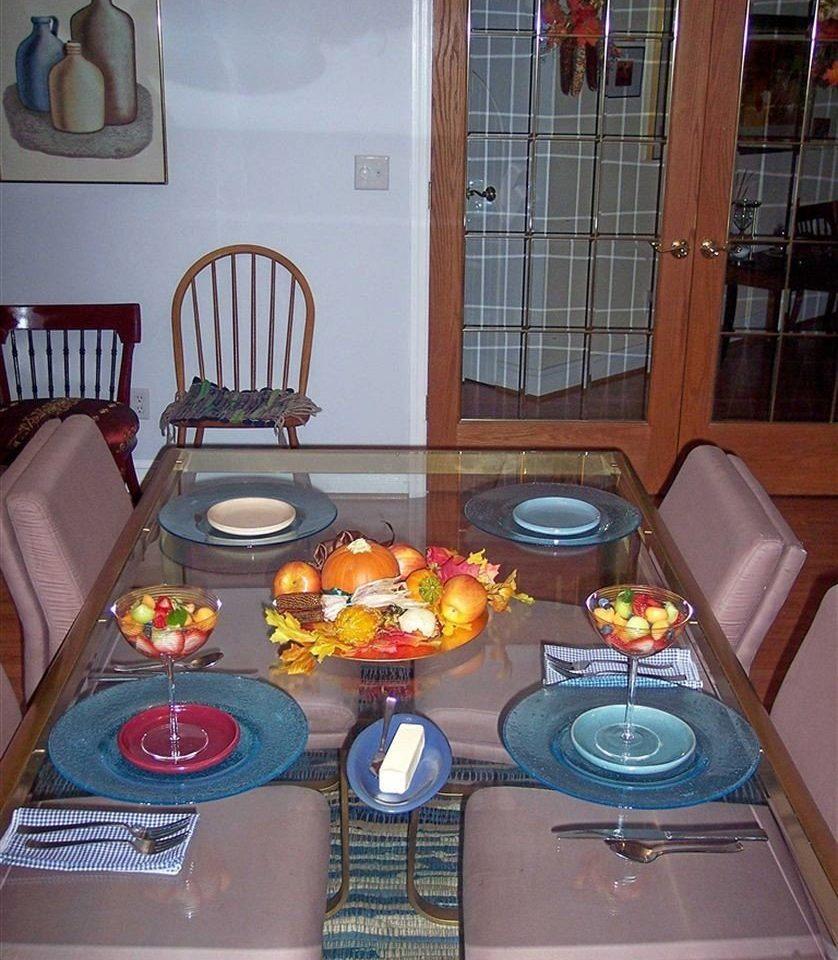 restaurant breakfast baked dining table