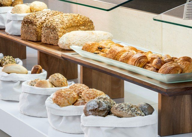 bakery food breakfast dessert baked goods brunch baking baker counter danish pastry
