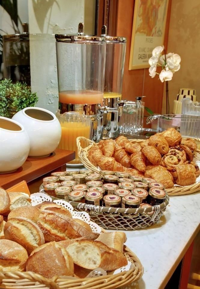 bakery food breakfast brunch pâtisserie baking dessert buffet baked goods danish pastry