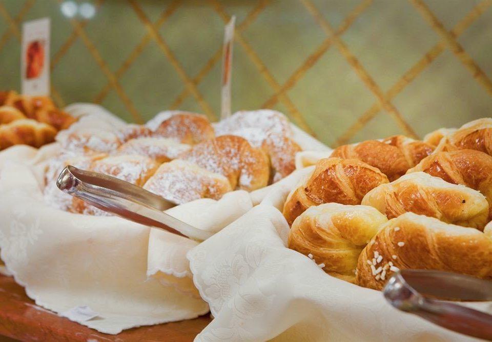 food dessert baked goods cuisine baking breakfast chinese food snack food danish pastry flavor