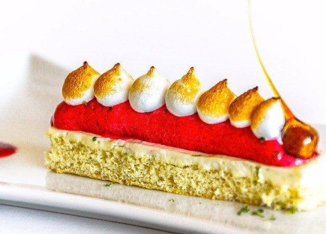 food dessert torte slice baked goods cuisine cake semifreddo cheesecake fruit square sliced