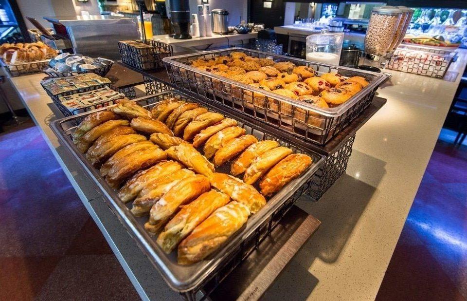 doughnut food bakery pâtisserie breakfast street food dessert buffet baking brunch danish pastry fresh line