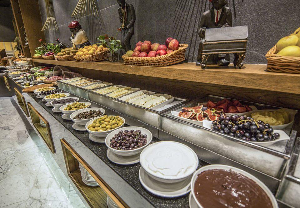 food plate pâtisserie bakery buffet breakfast brunch dessert chocolate