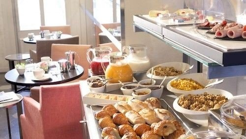 food plate counter breakfast brunch buffet bakery lunch preparing dessert dining table