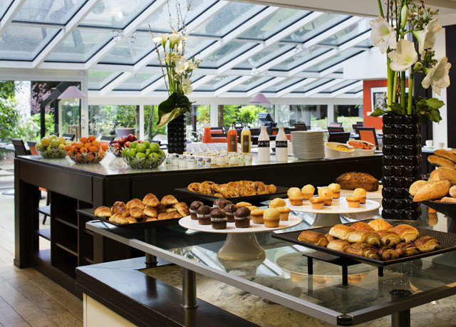 food counter bakery buffet brunch floristry breakfast restaurant sense cafeteria fast food restaurant