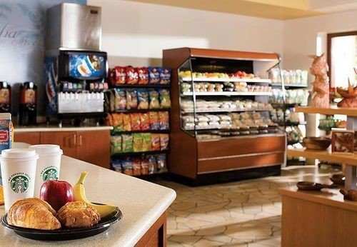 bakery grocery store food delicatessen home brunch pantry fast food breakfast restaurant