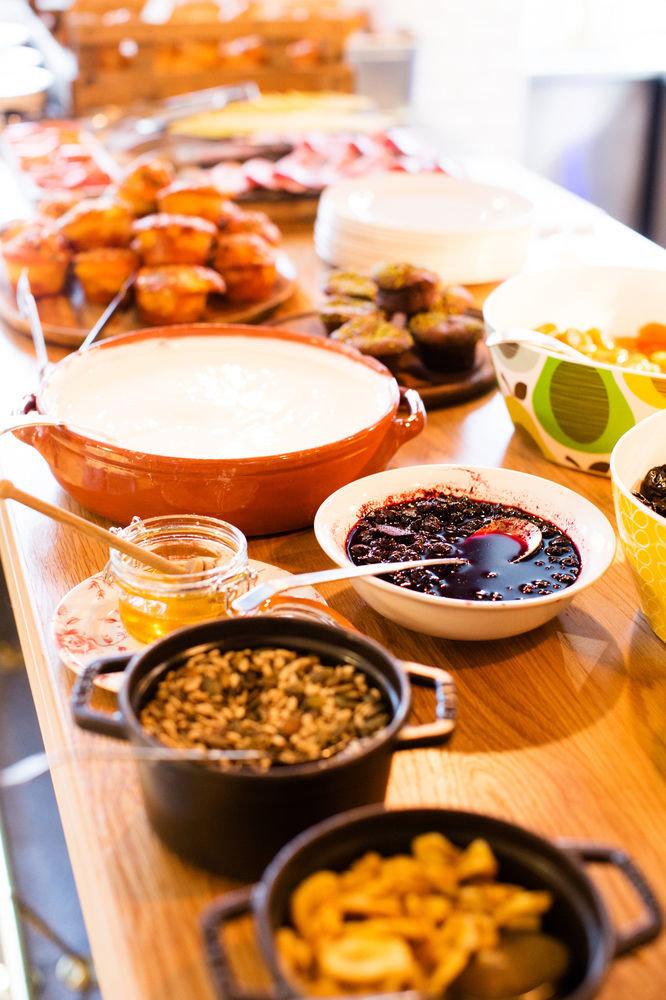 food plate breakfast brunch cuisine sense buffet baking lunch supper