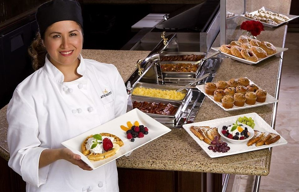 food plate cook culinary art professional sense breakfast pastry chef cooking baking cuisine