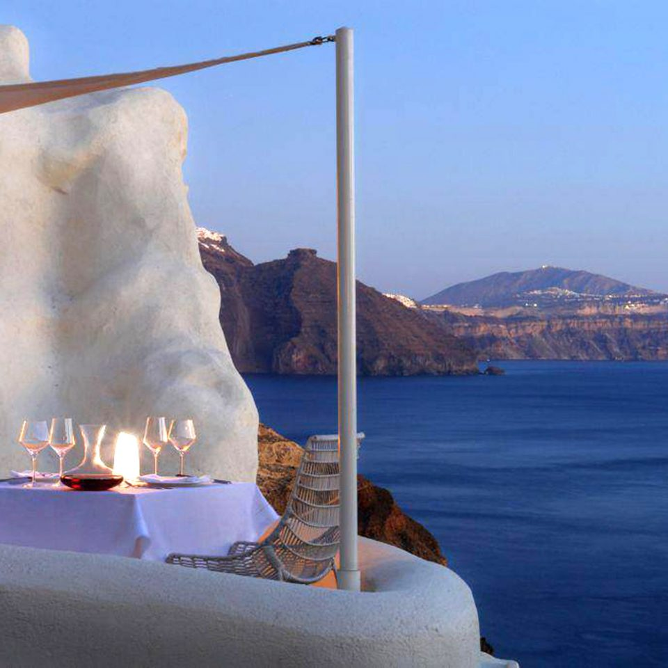 Balcony Bar Dining Drink Eat Luxury Ocean sky mountain water Sea vehicle Coast ice overlooking