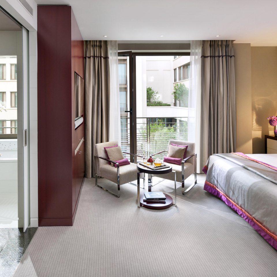 Balcony Bath Bedroom City Elegant Luxury Modern property Suite home condominium living room cottage
