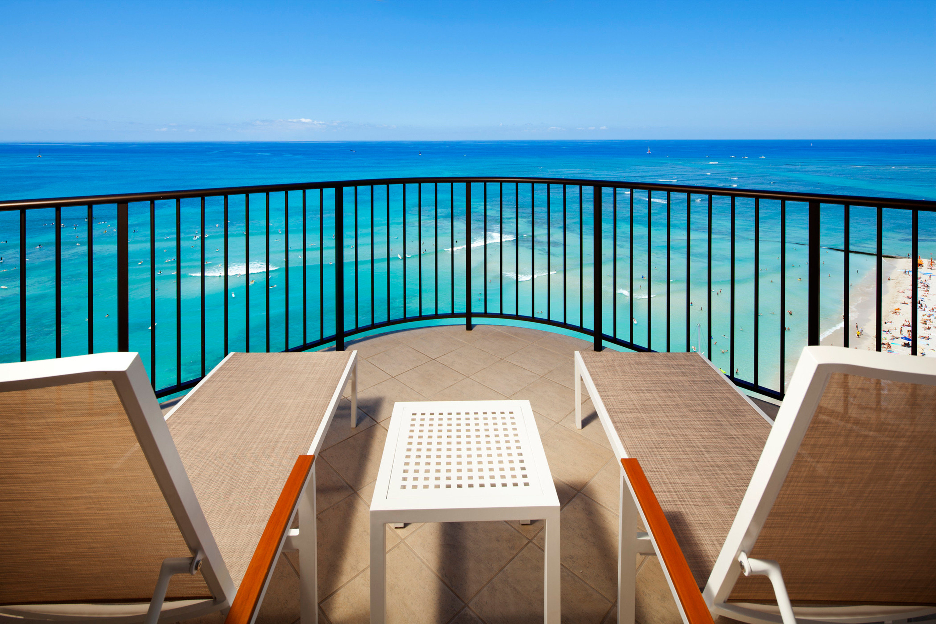 Balcony Beach Ocean Resort Scenic views sky chair leisure property wooden home Deck empty