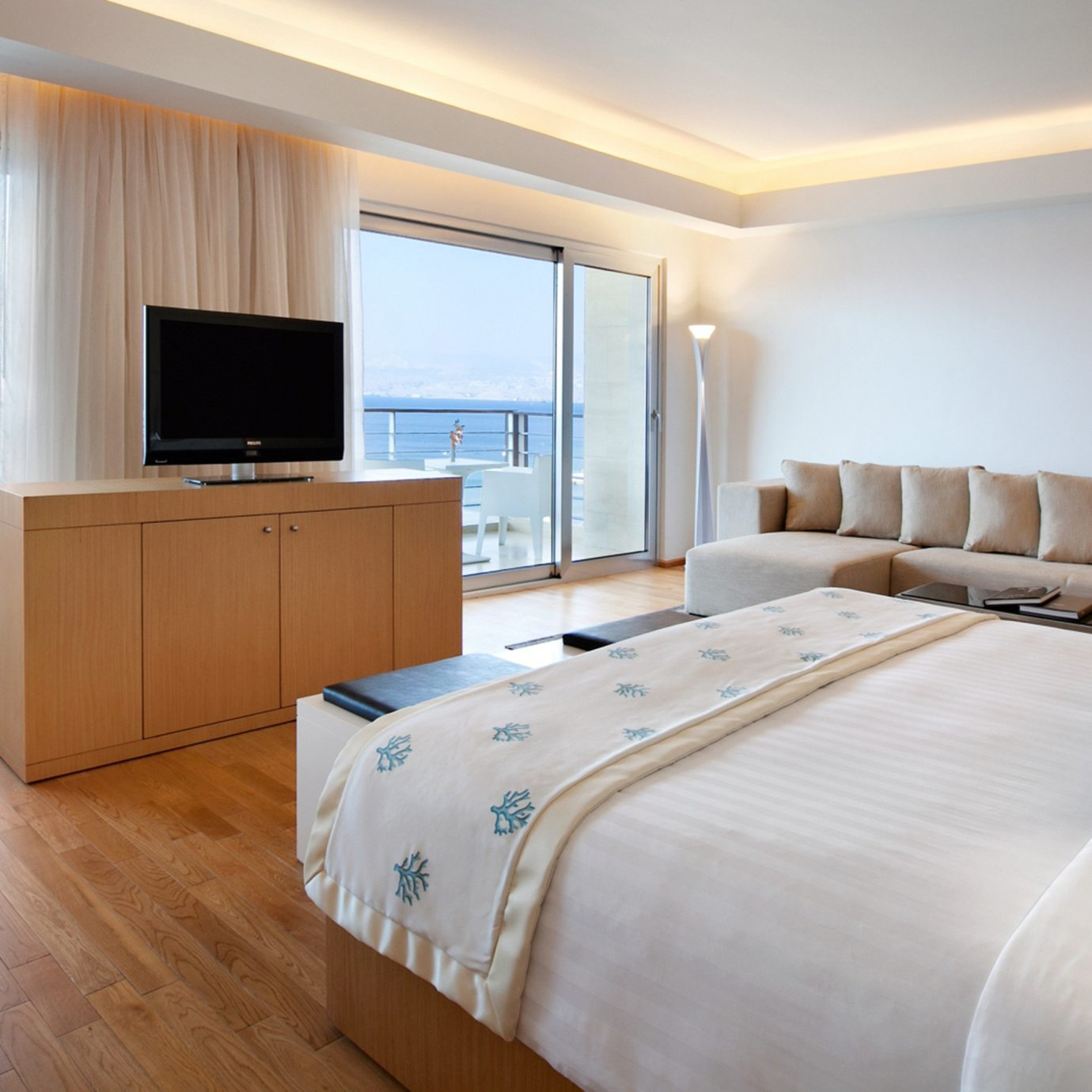 Balcony Beachfront Bedroom Luxury Resort Romantic Scenic views Sea property Suite cottage Modern