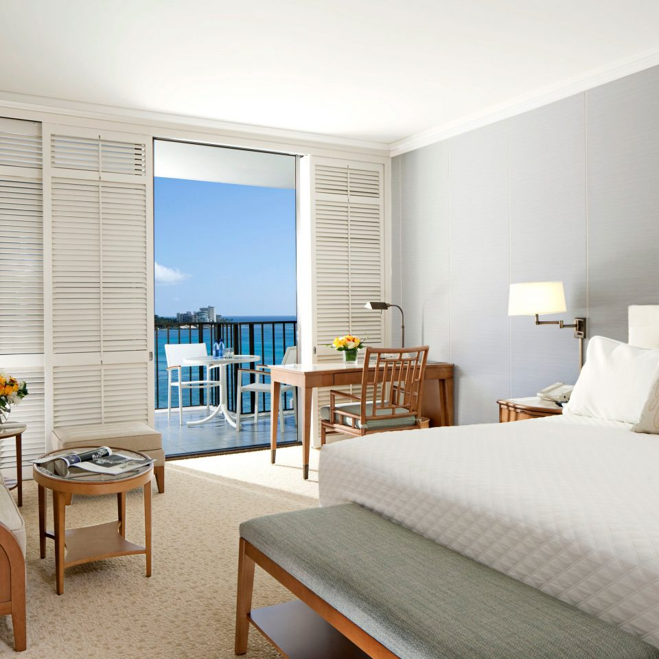 Balcony Bedroom Boutique Hotels Hawaii Honolulu Hotels Luxury Patio Resort Scenic views property condominium Suite home living room cottage