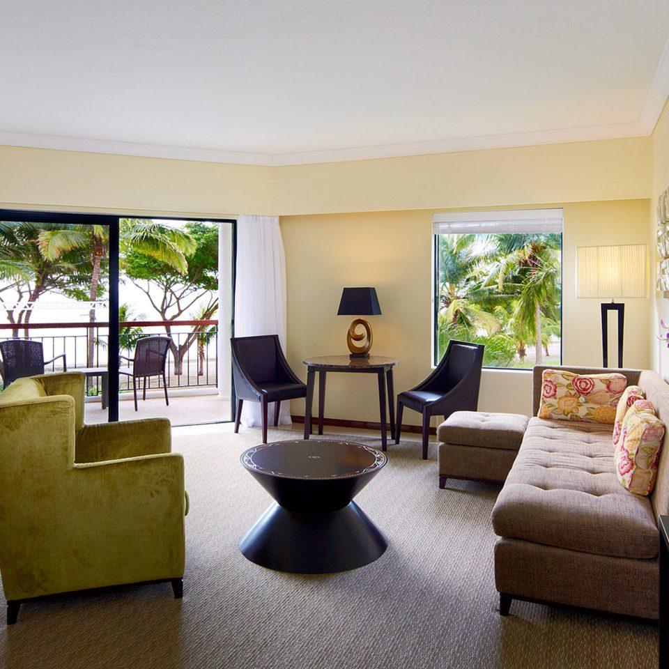 Balcony Classic Family Patio Resort property Bedroom condominium living room home Suite Villa nice flat