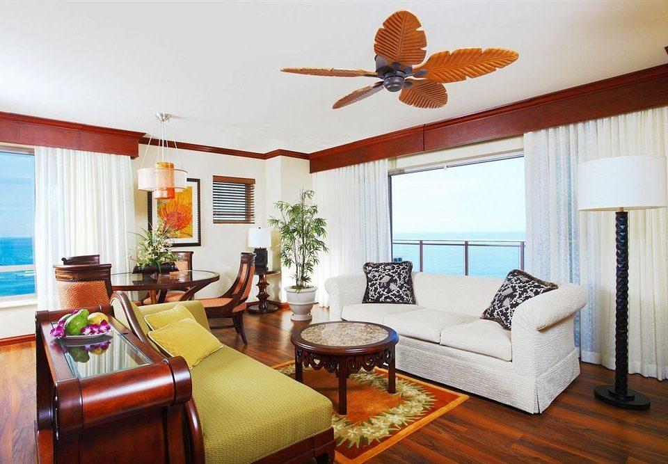 Balcony Classic Resort Scenic views property living room home cottage Suite Villa condominium Bedroom flat