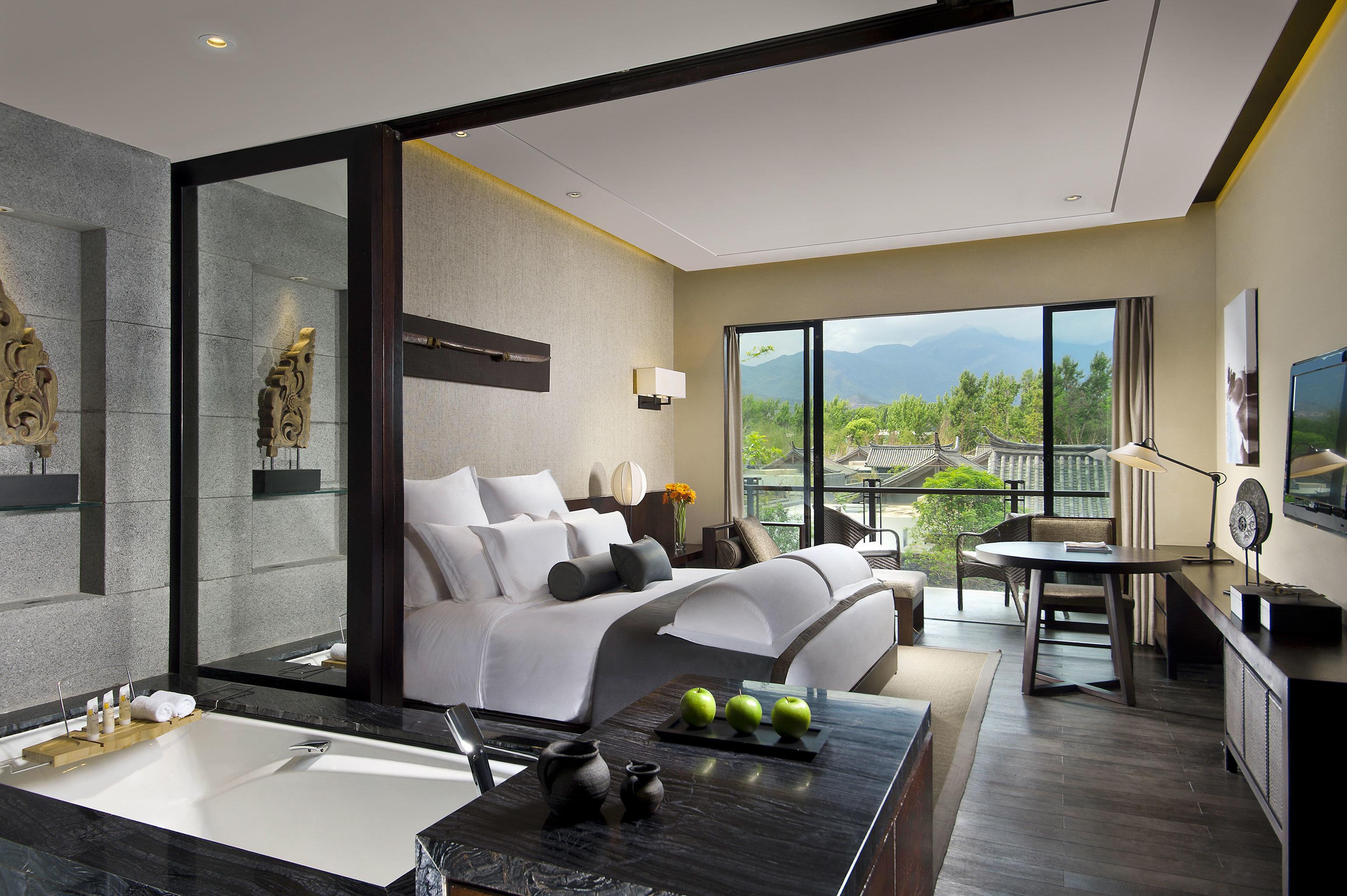 Balcony Bedroom Classic Resort Scenic views property living room condominium home Suite Villa
