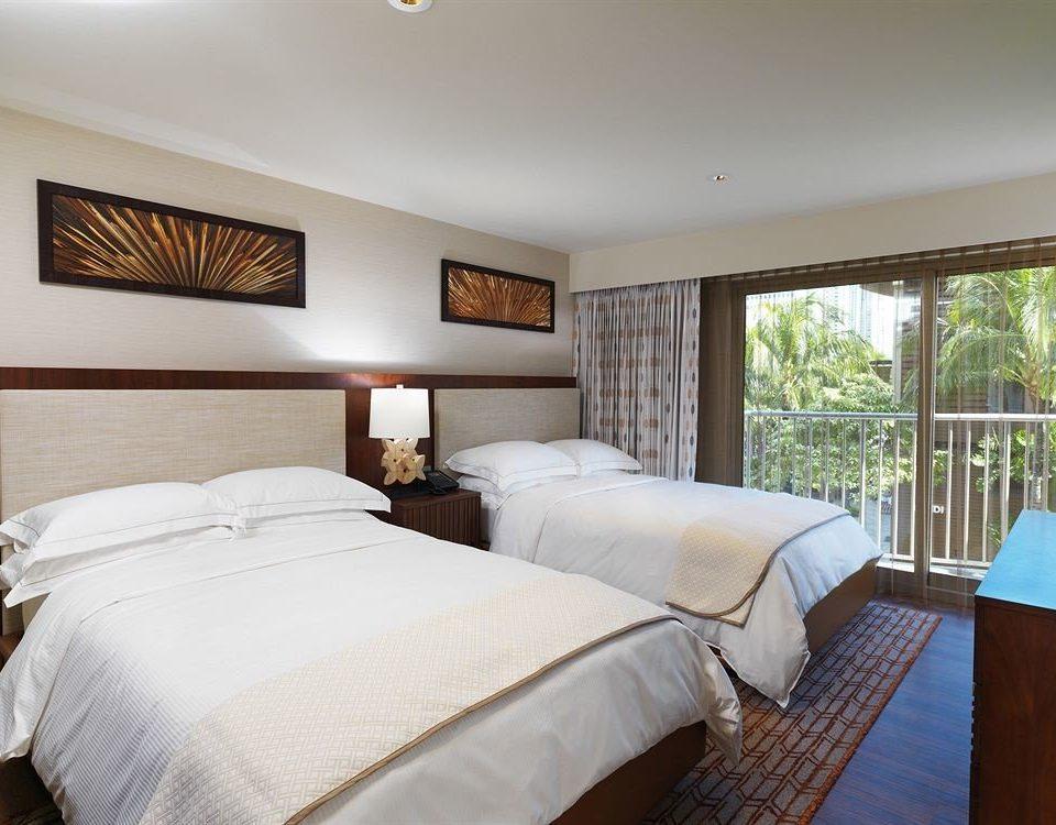 Balcony Bedroom Classic Resort property Suite cottage Villa