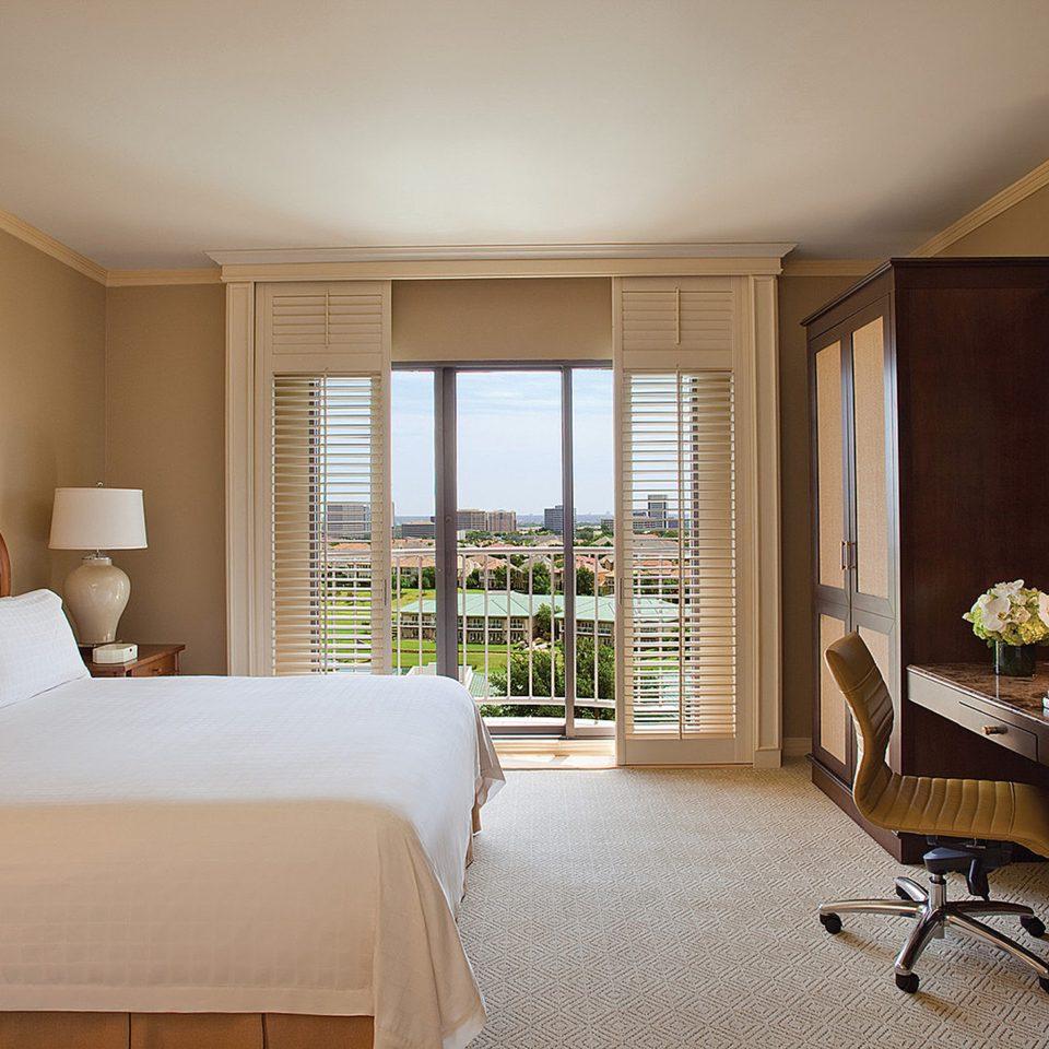 Balcony Bedroom Classic Resort property living room home hardwood condominium Suite cottage farmhouse wood flooring