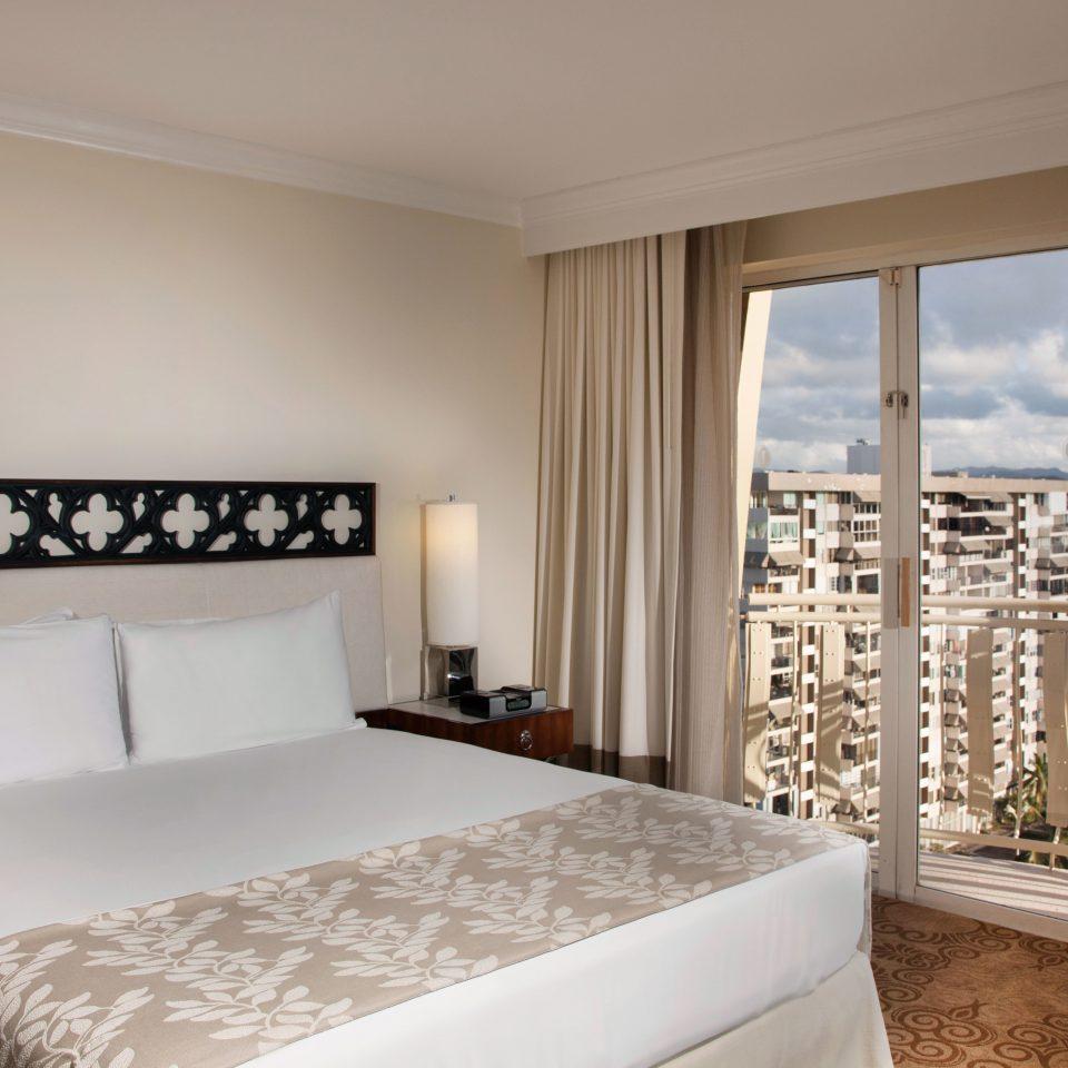Balcony Bedroom Classic Resort Scenic views property Suite cottage nice Villa