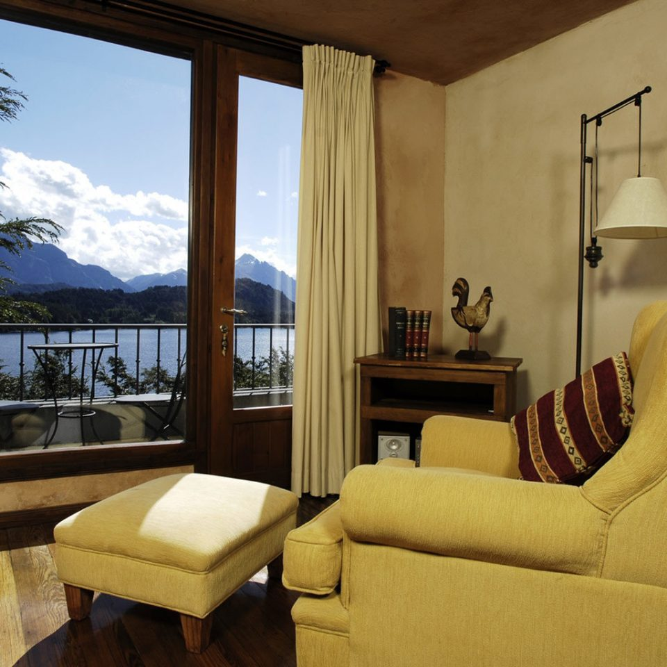 Balcony Bedroom Classic Scenic views sofa property living room house home Suite cottage Villa condominium