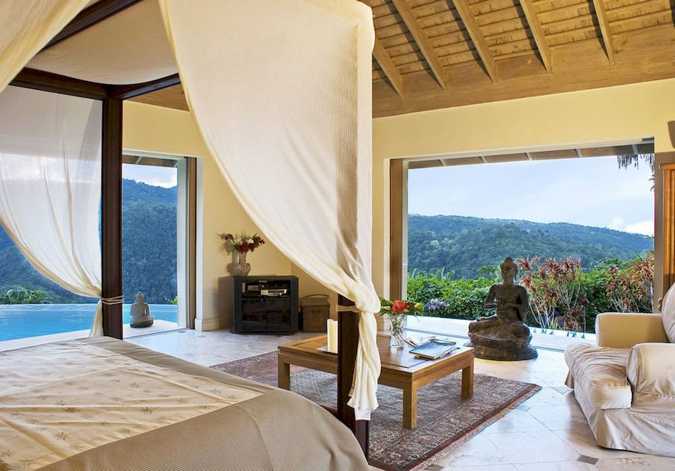 Balcony Bedroom Country Luxury Scenic views Villa property Resort Suite home swimming pool cottage living room