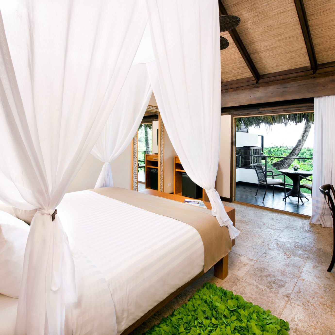 Balcony Bedroom Eco Hotels Lodge Scenic views property curtain Suite cottage