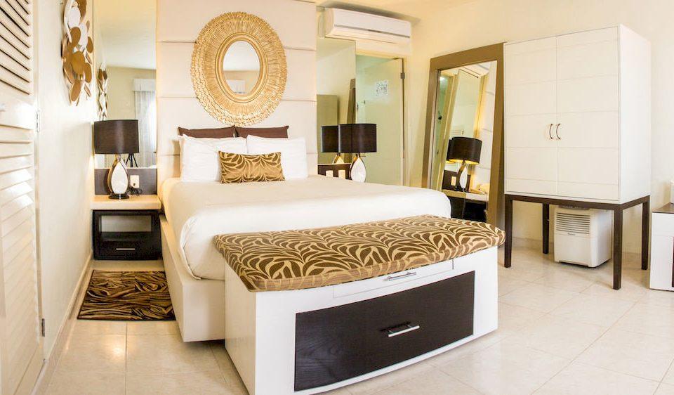 Balcony Bedroom Elegant Hip Luxury Modern Suite property home cottage living room bed frame