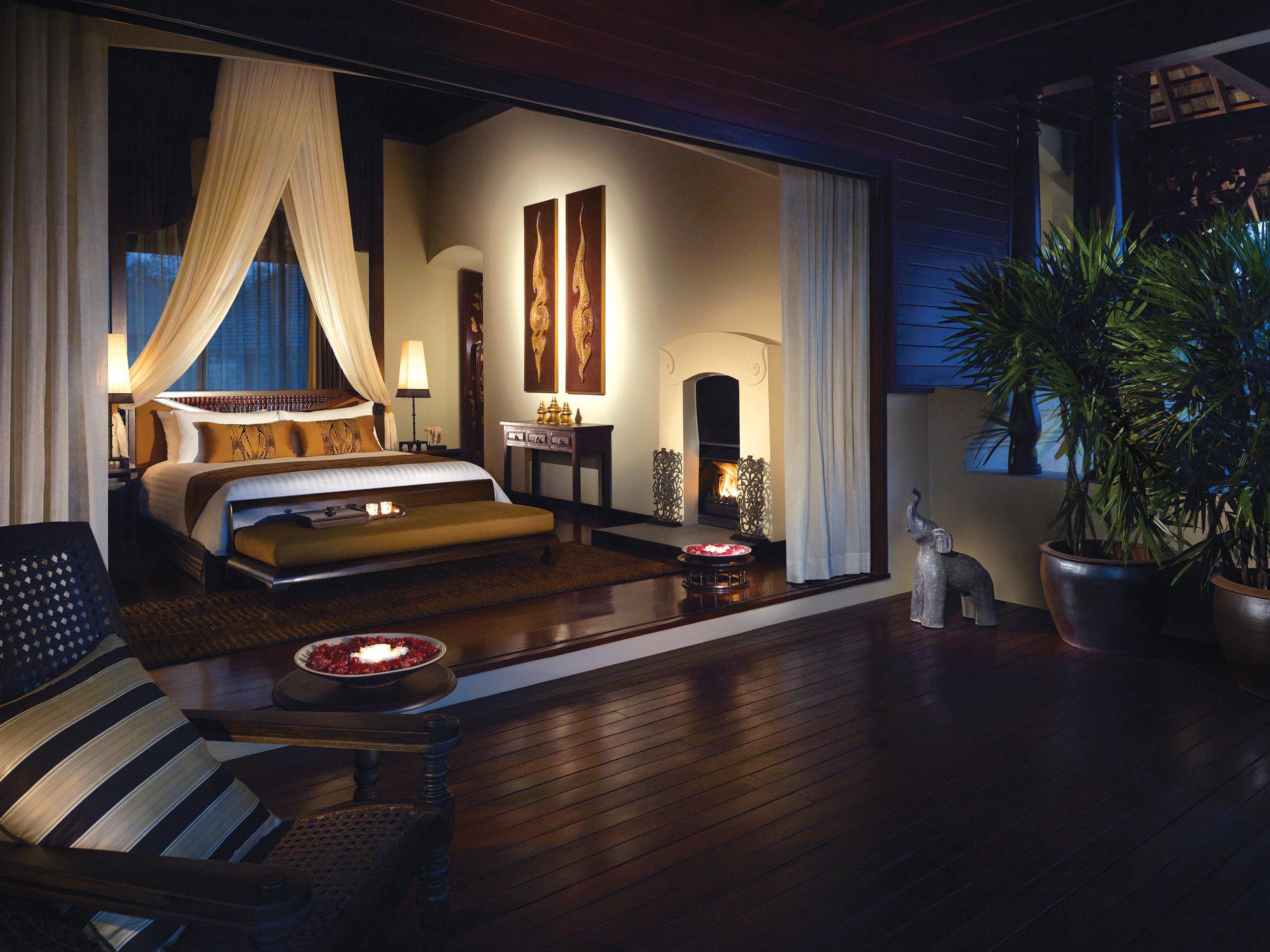 Balcony Bedroom Elegant Honeymoon Jungle Luxury Romance Romantic Suite Terrace Tropical property house home living room Lobby mansion Villa recreation room