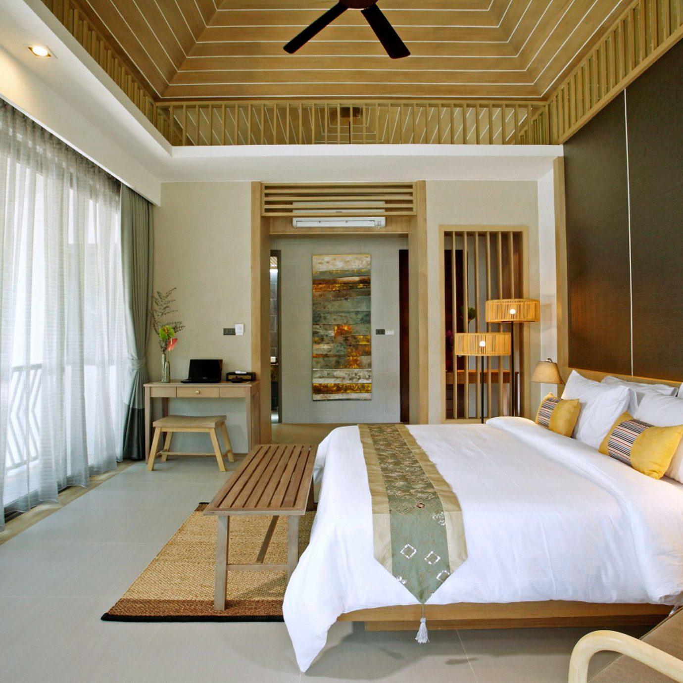 Balcony Bedroom Elegant Jungle Romantic property Suite home cottage living room condominium Resort