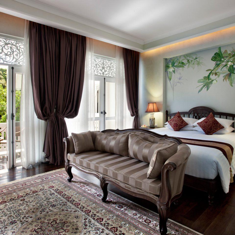Balcony Bedroom Elegant Jungle sofa property home living room Suite cottage Villa mansion condominium