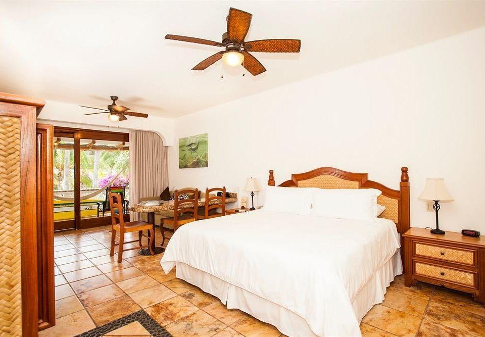 Balcony Bedroom Elegant Luxury Scenic views Suite property cottage hardwood home farmhouse Villa