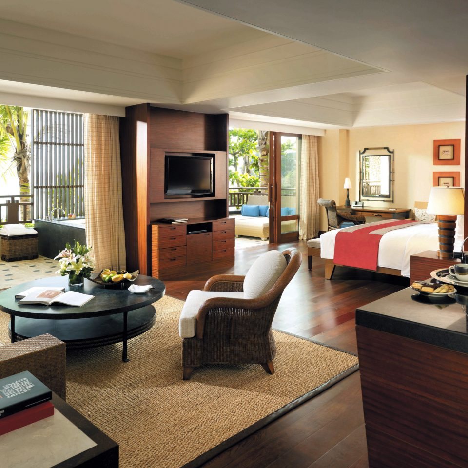 Balcony Bedroom Family Hotels Patio Resort living room property condominium home Suite hardwood Villa cottage Modern