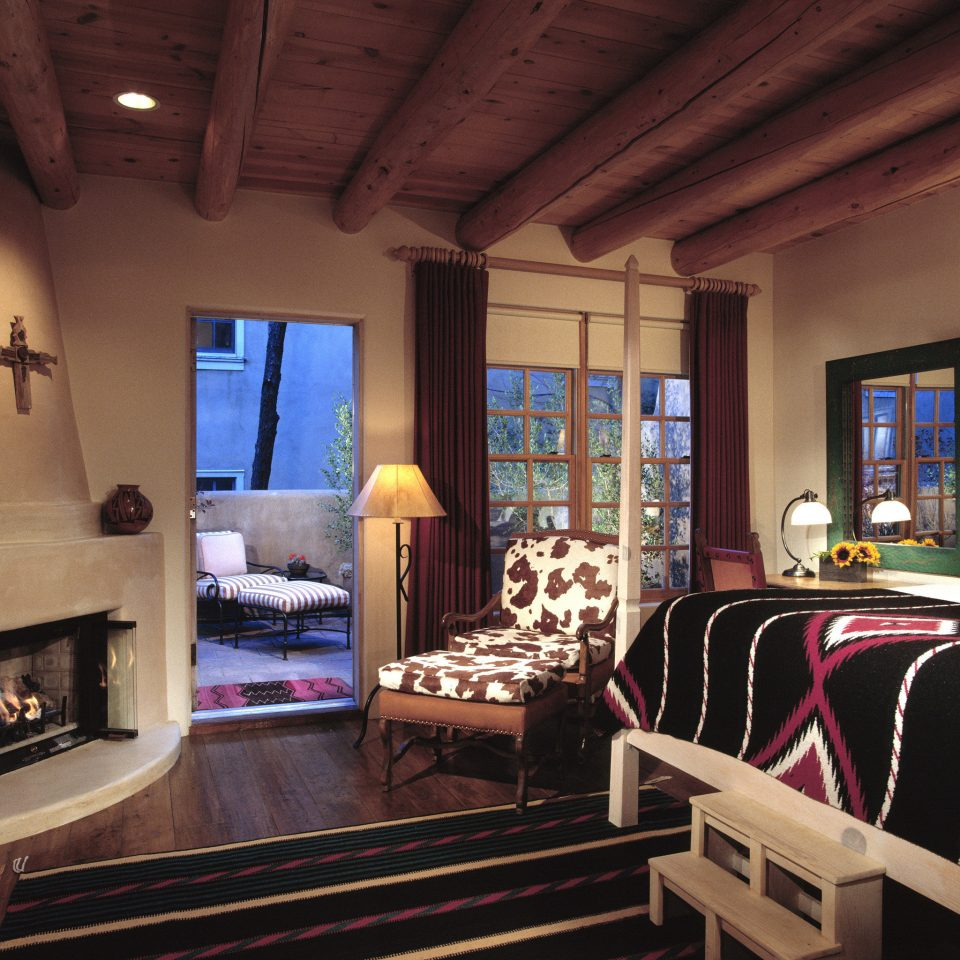 Balcony Bedroom Fireplace Modern Rustic Trip Ideas Weekend Getaways Winter property living room recreation room house home cottage Suite mansion