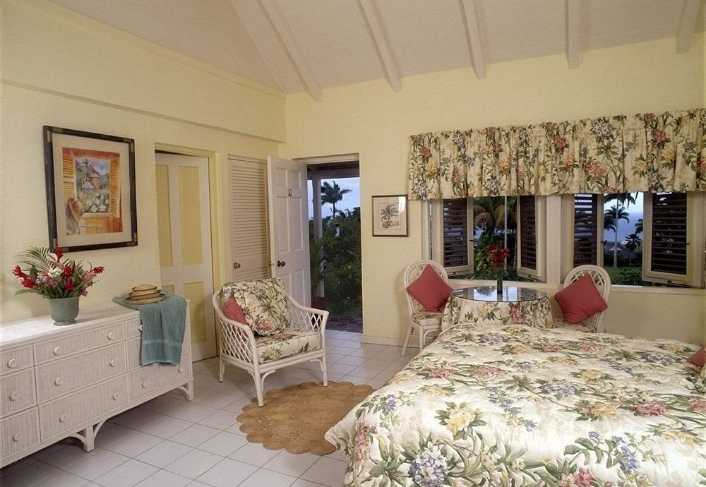 Balcony Bedroom Hip Luxury Suite Tropical property cottage home living room Villa