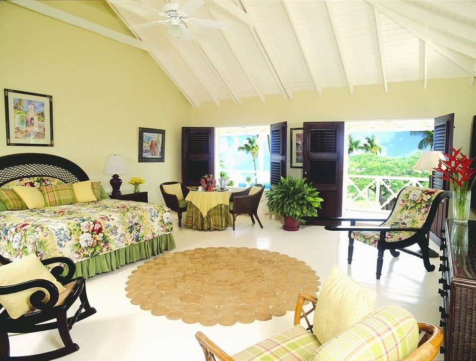 Balcony Bedroom Hip Luxury Suite Tropical property living room home cottage Villa farmhouse Resort
