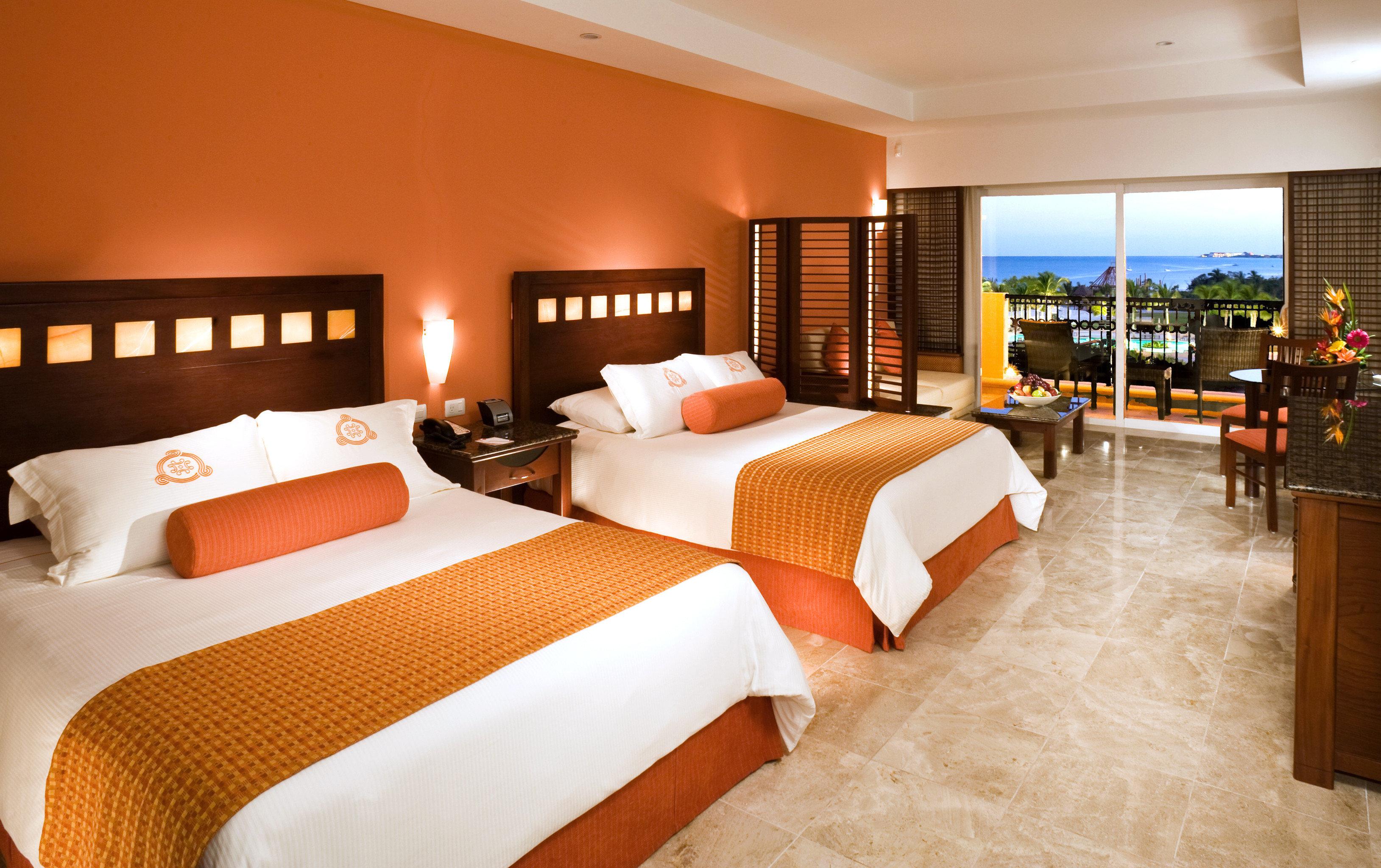 Balcony Bedroom Hip Luxury Modern Scenic views Suite property Resort