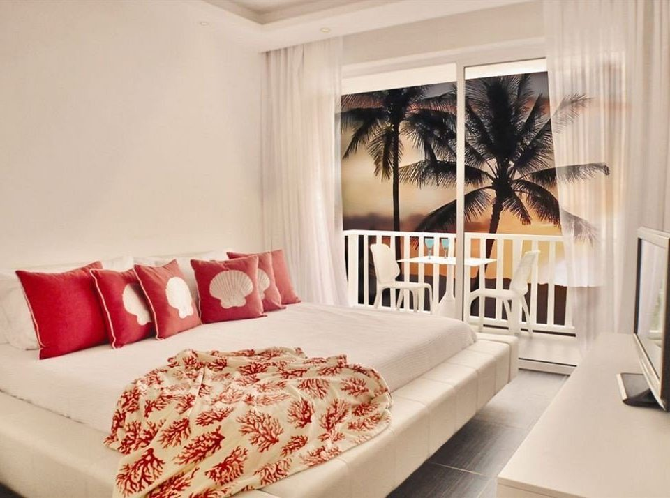 Balcony Bedroom Hip Luxury Scenic views Suite sofa property living room white home bed sheet bed frame pillow cottage