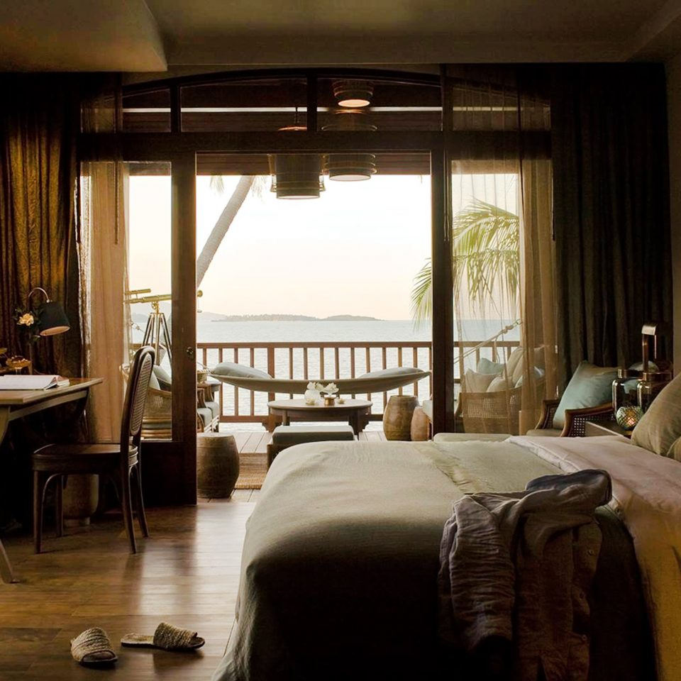 Balcony Bedroom Honeymoon Jungle Romance Scenic views Tropical property home Suite cottage living room