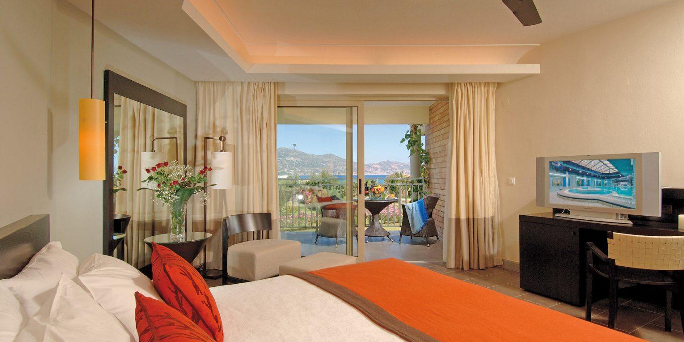 Balcony Bedroom Honeymoon Resort Scenic views property Suite living room home cottage Villa