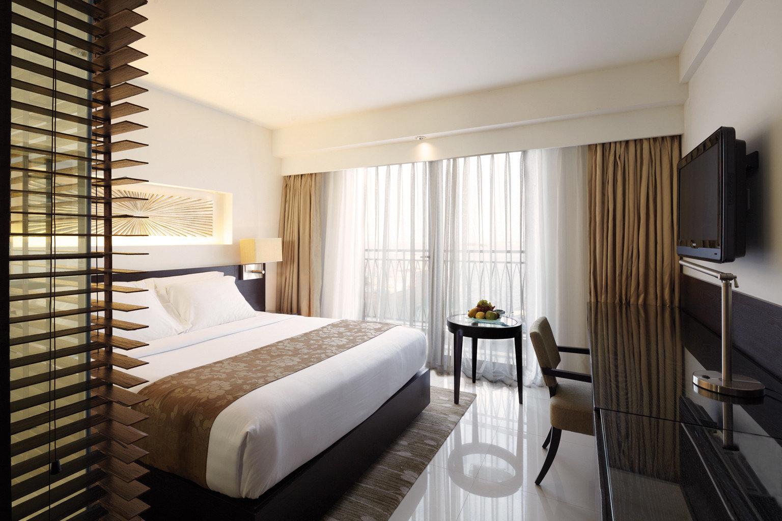 Balcony Bedroom Island Luxury Modern property Suite condominium cottage