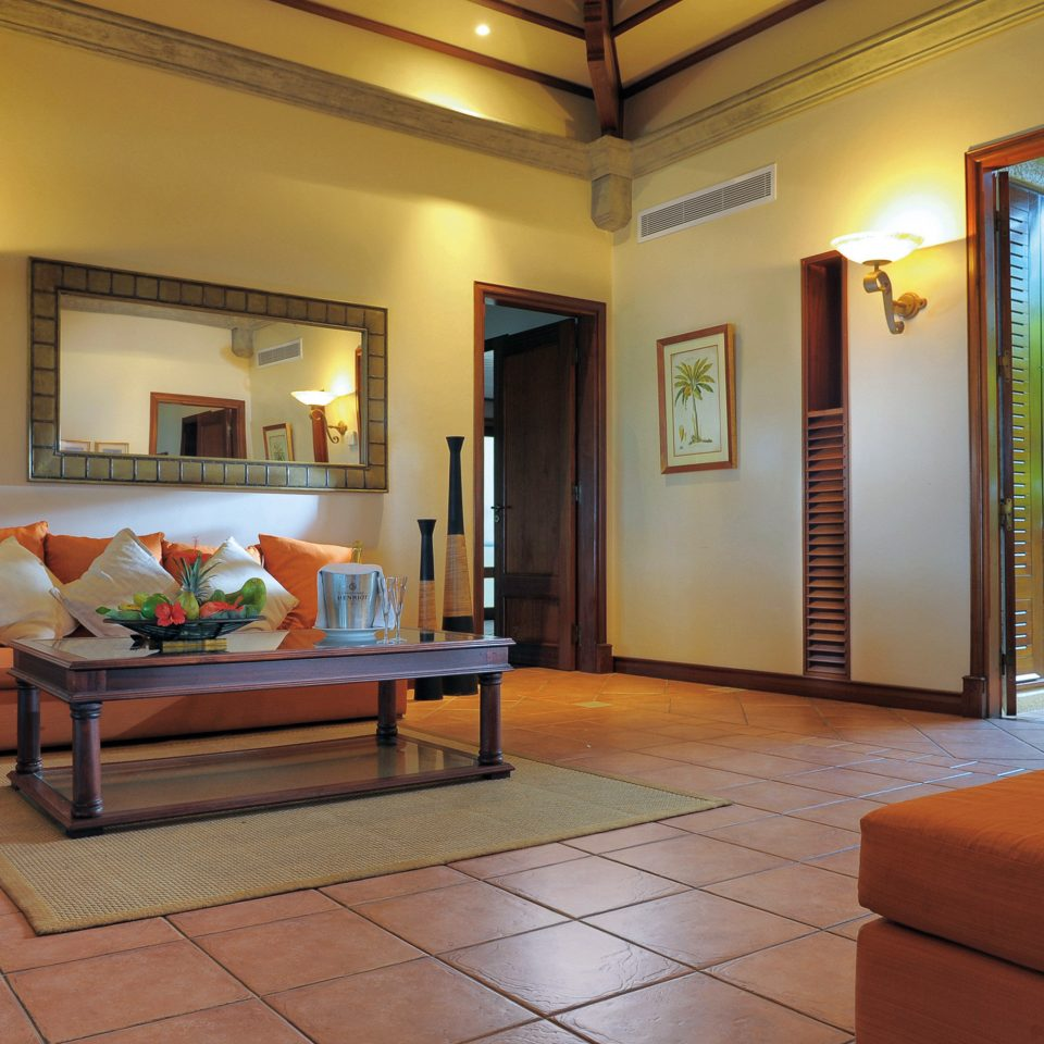 Balcony Bedroom Modern Resort property living room condominium home Villa Suite mansion Lobby cottage