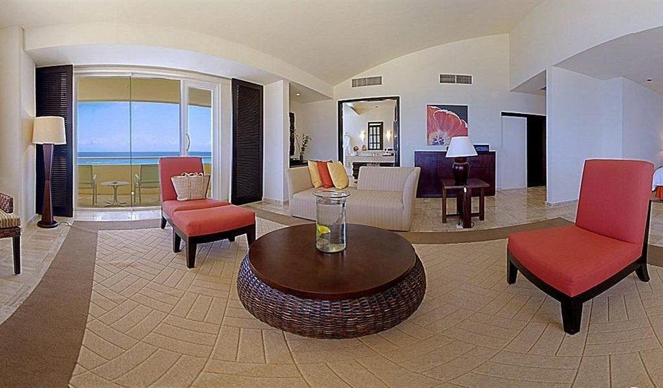 Balcony Modern Resort Waterfront chair property living room Suite condominium Villa Lobby Bedroom