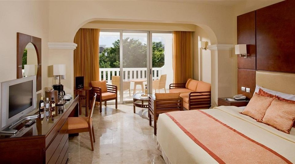 Balcony Bedroom Lounge Modern Scenic views Suite property cottage Villa living room Resort